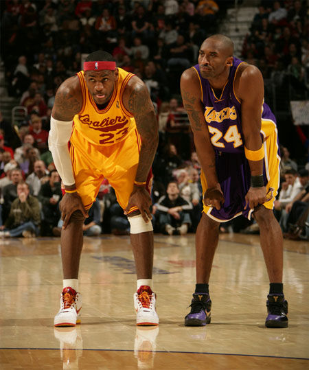 on-court-kobe-bryant-vs-lebron-james-1